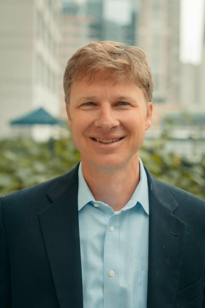 Headshot of Derek Shields